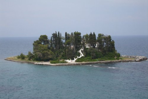 Pondikonissi_island_05-06-06