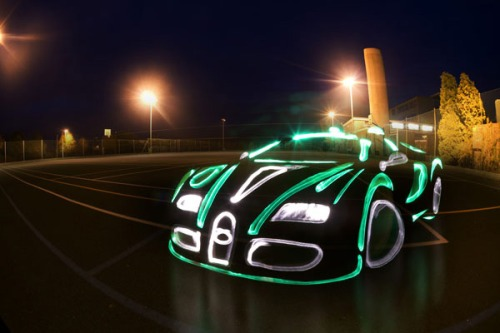 Bugatti-veyron-light-graffiti